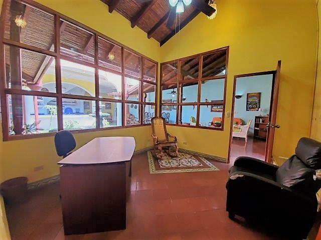 colonial-home-for-sale-granada-nicaragua (10)