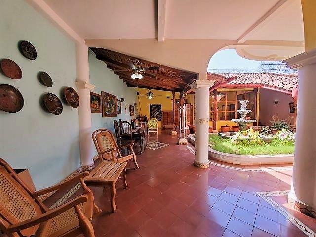 colonial-home-for-sale-granada-nicaragua (11)