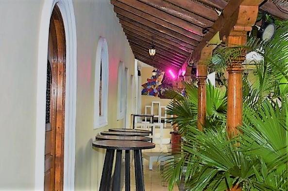 colonial-home-calle-la-calzada-granada-nicaragua (4)