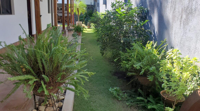 Granada + Nicaragua + Colonial Home + Pool + Vacation Home (28)