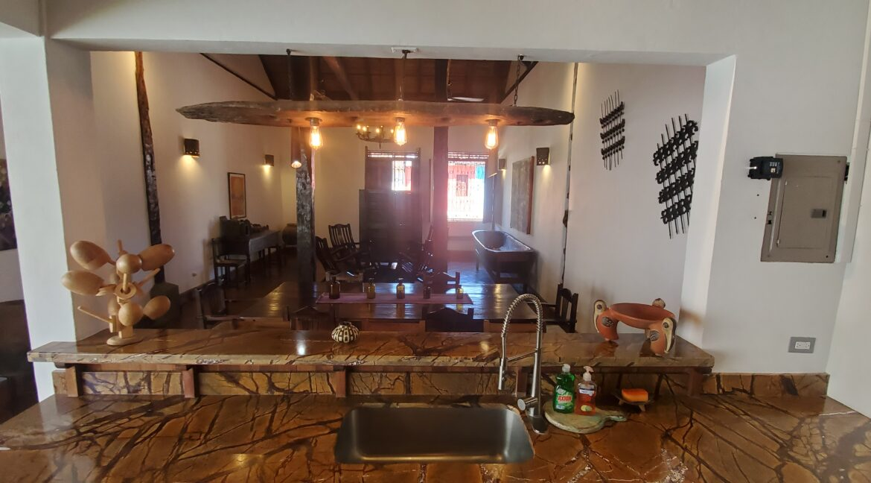 Granada + Nicaragua + Colonial Home + Pool + Vacation Home (42)