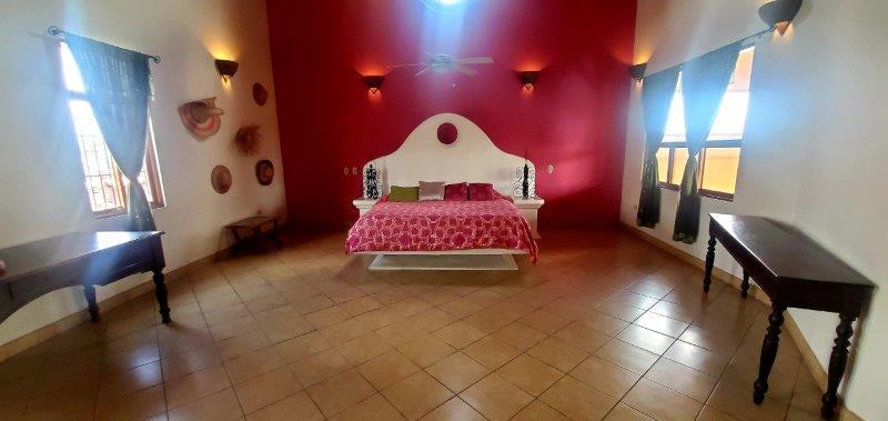 Granada Colonial home for sale (41)