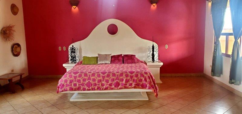 Granada Colonial home for sale (42)