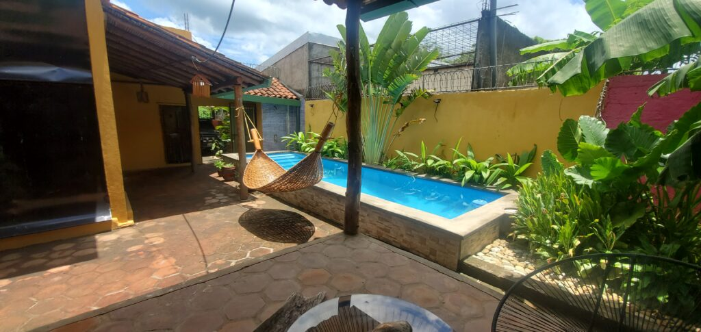 Home for sale in Leon