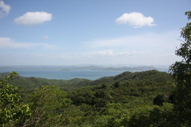 Great land opportunity with magnificent views of Pacific Coast and Costa Rica located in El Ostional
