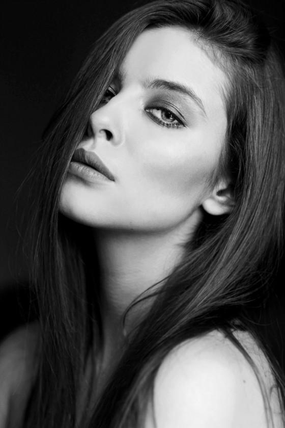 Gabija Varnaite lips