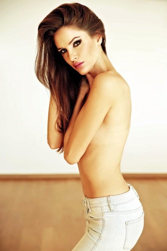 Ivana Vuknic topless