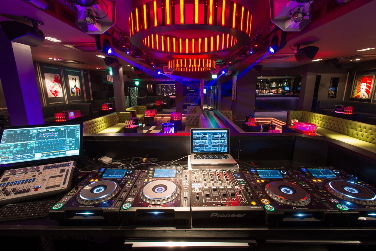 Charlie Berkeley Street London club 4