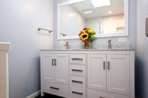 Yamata Bathroom