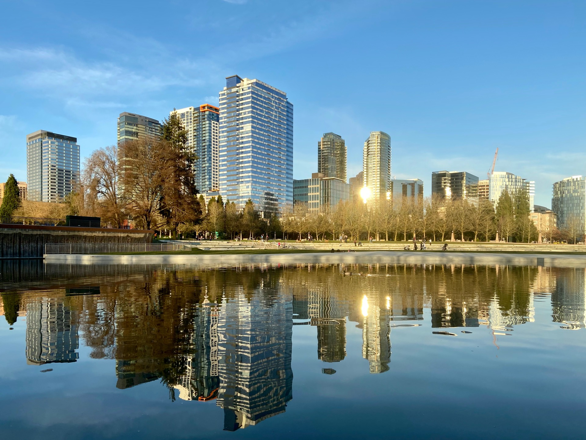 Bellevue Ranks as Second Most Expensive Rent in Washington, Drops by 15.8% in April