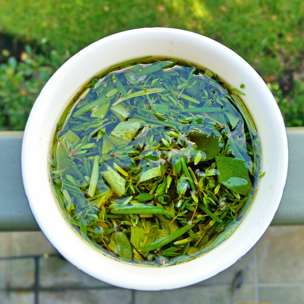 Herb Infused Olive Oil - Clovers & Kale