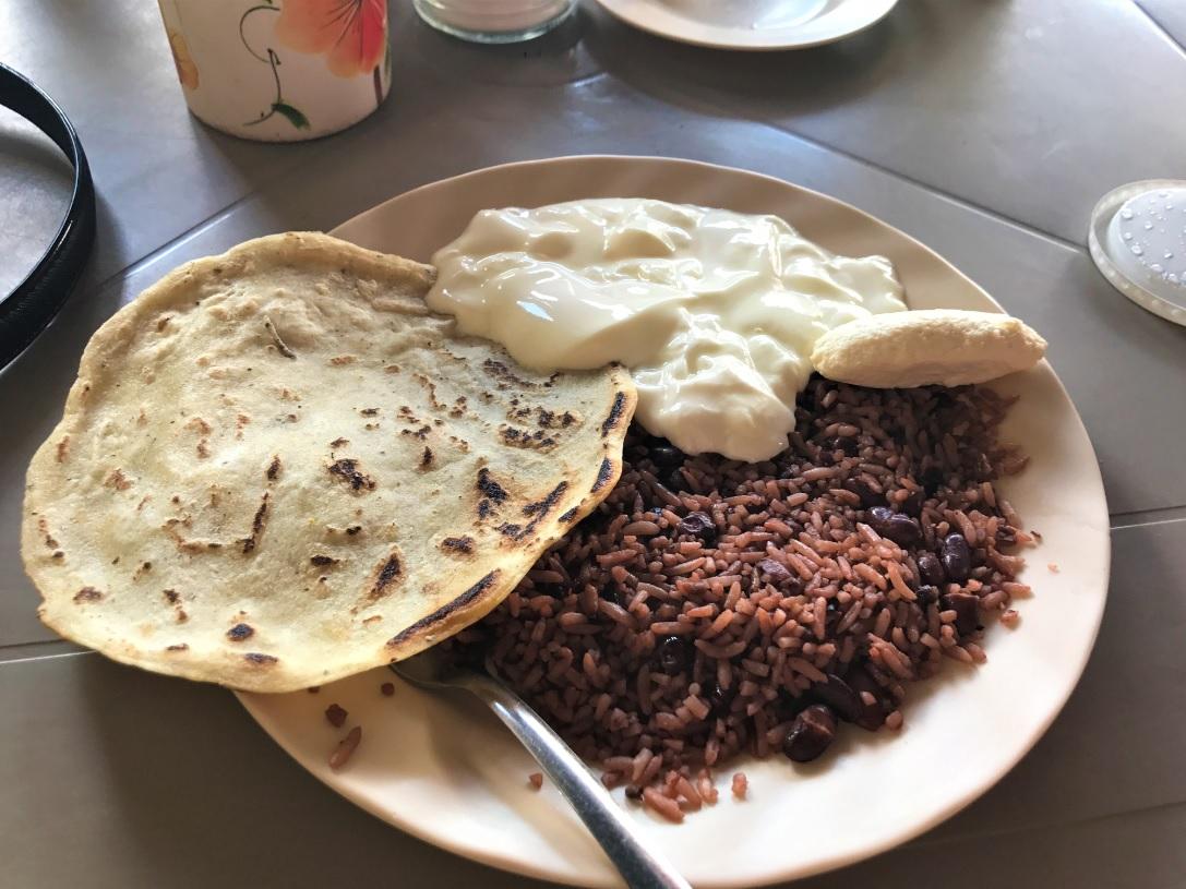 Desayuno tradicional Nicaragüense