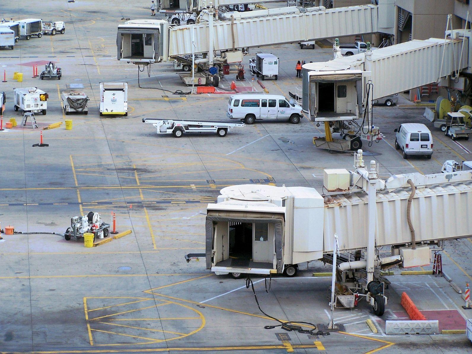 Avianca reanuda vuelos entre USA, CANADA  y El Salvador