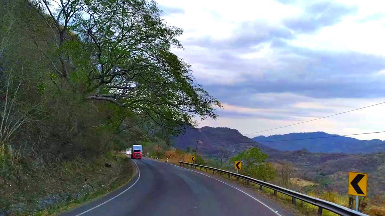 Bajando La Cuesta La Cucamonga en Esteli Nicaragua