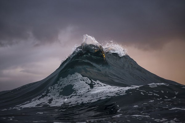 wave-photography-ray-collins-5__880-e1435452089661