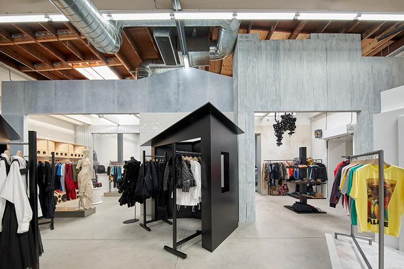 dover-street-market-los-angeles-interiors-retail-california-usa_dezeen_2364_col_24