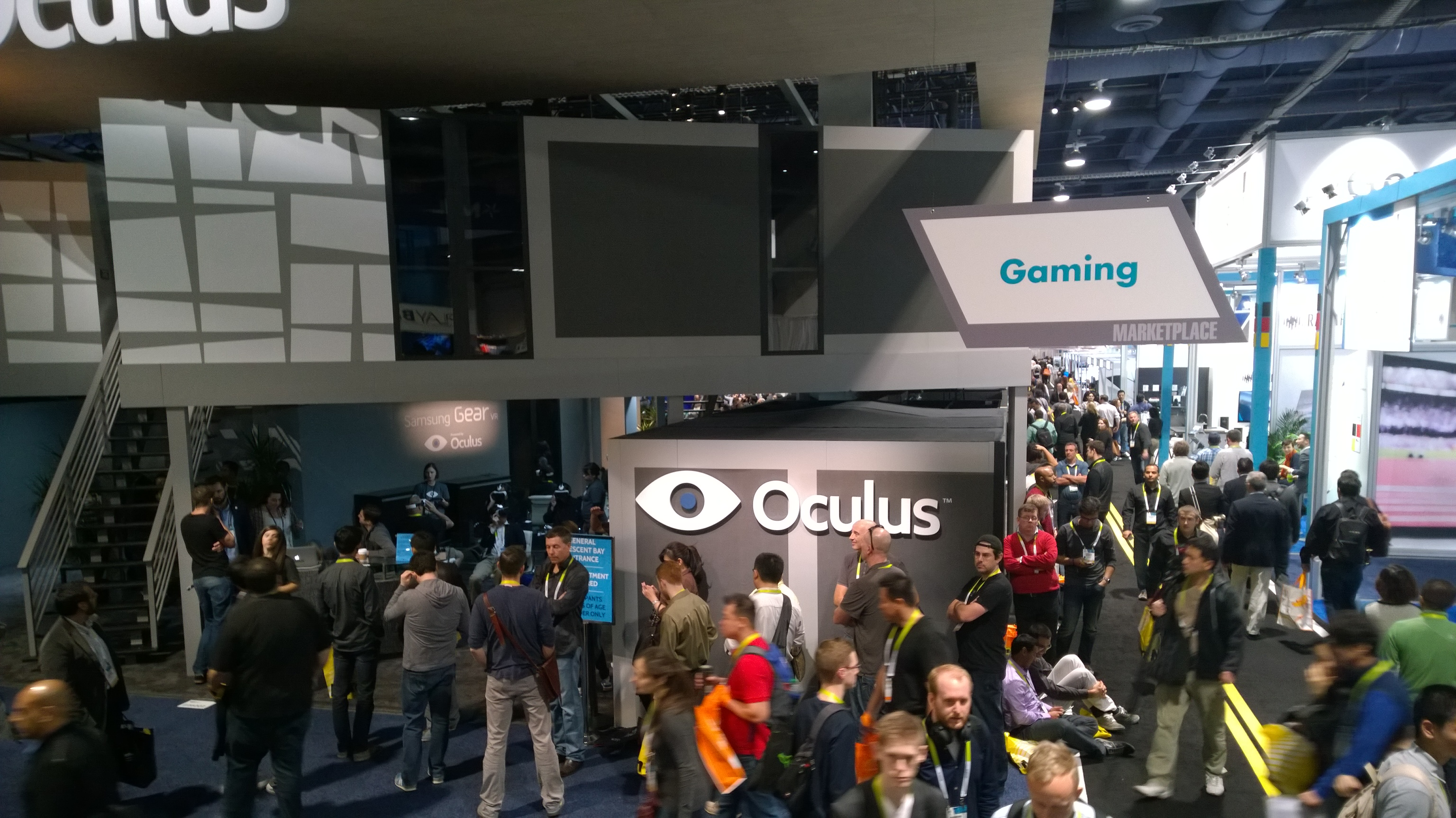 The line to try the Oculus Rift
