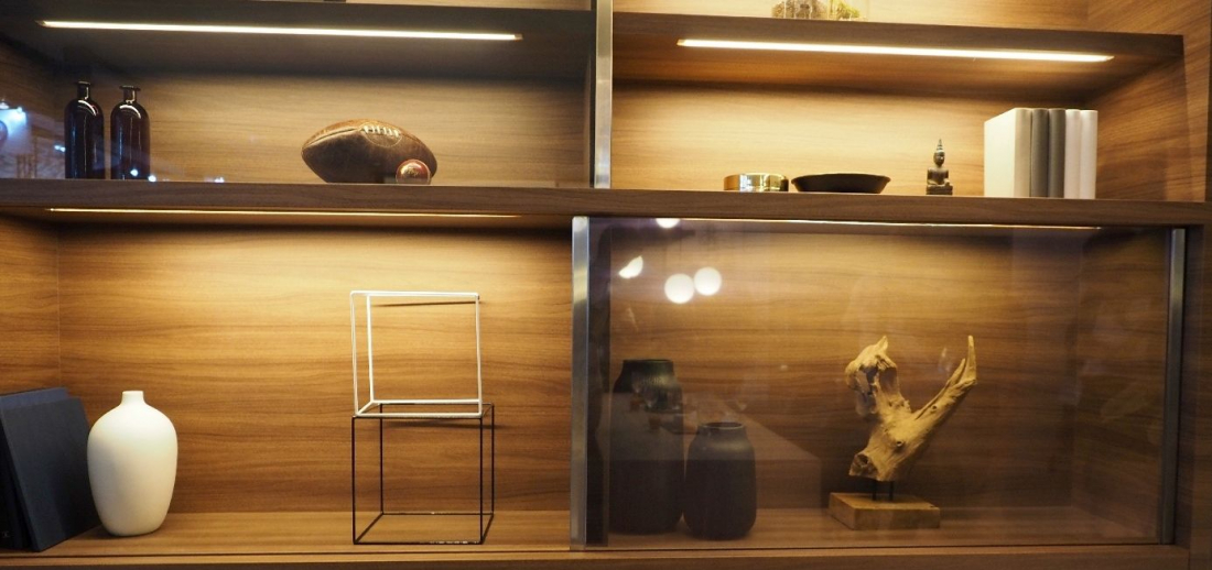 Panasonic transparent TV (Photo credit: Techspot)