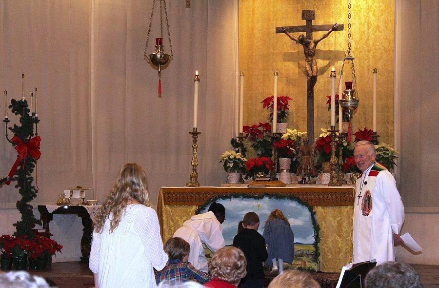 Christmas Eve Family Mass 2015