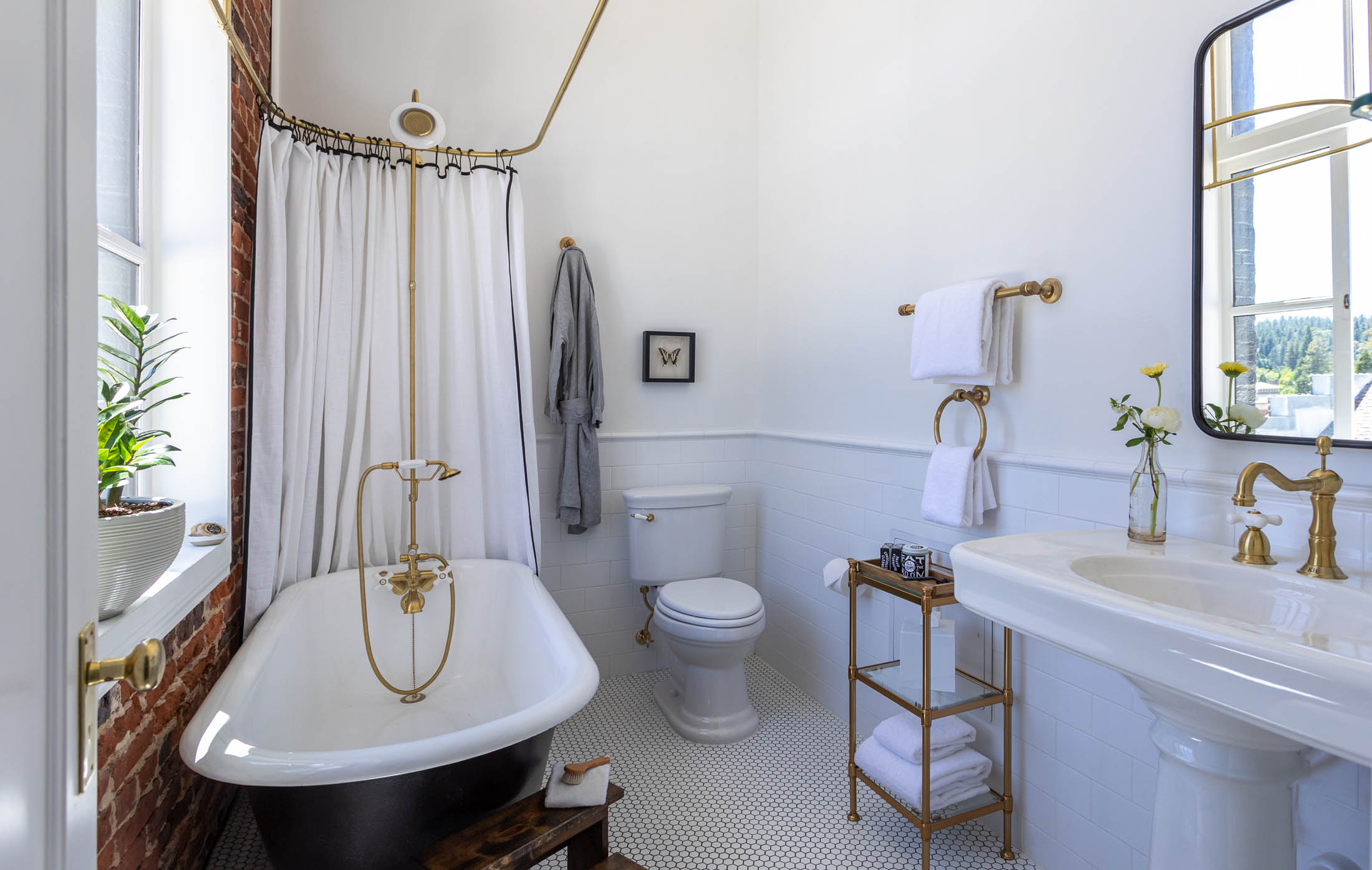 Holbrooke Hotel Bathroom