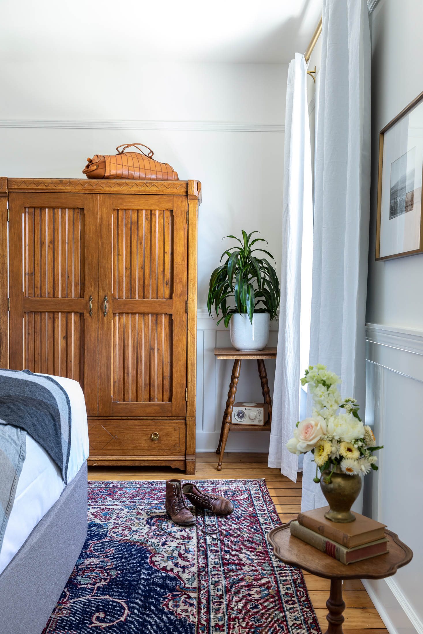 Purcell House Queen Room
