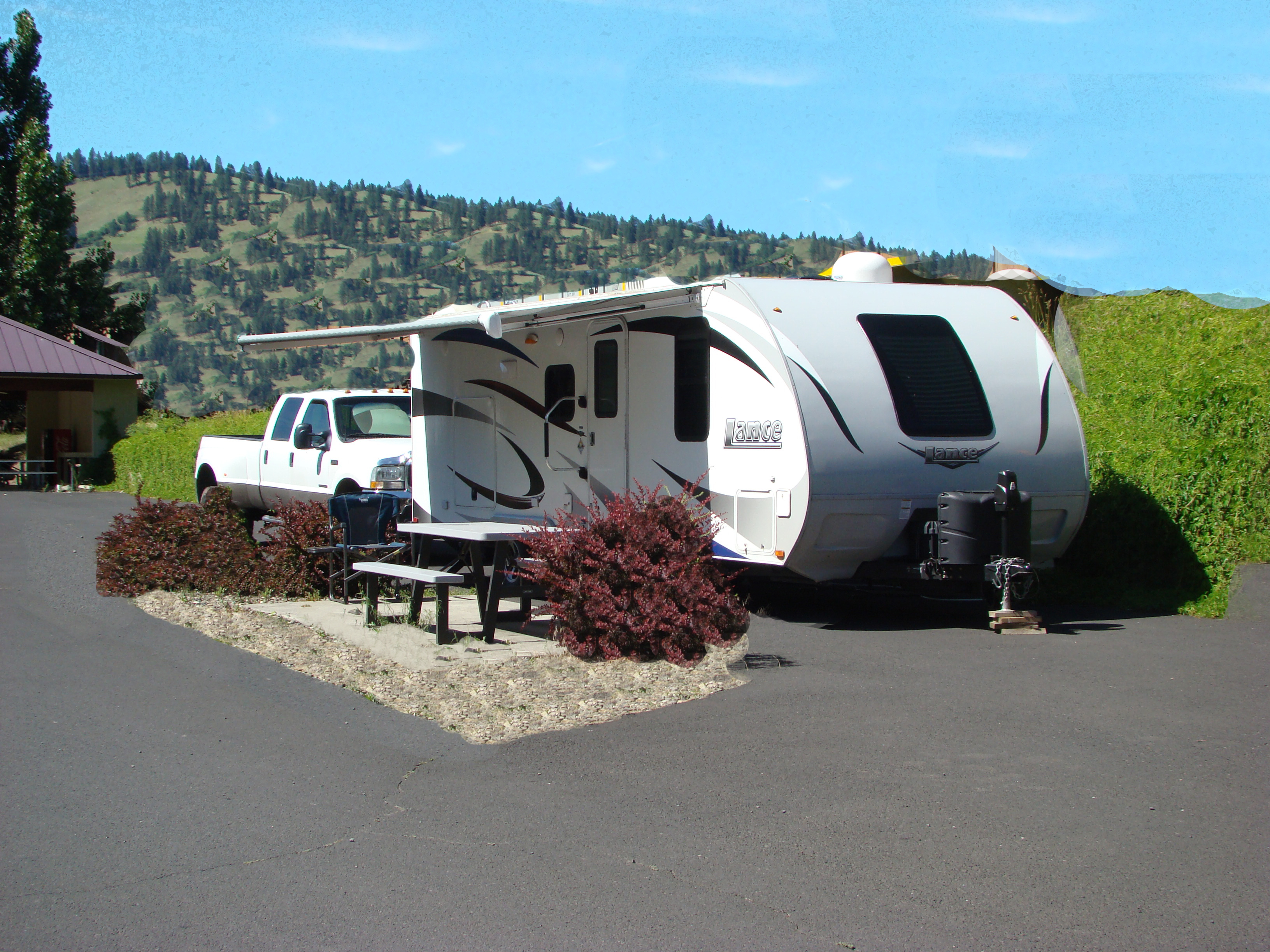 RV Space – Mountain Side – PULL THROUGH