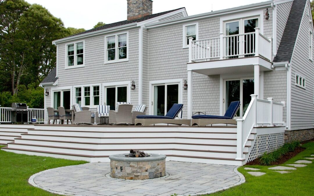 Four Ways to Enhance Your Outdoor Living Space