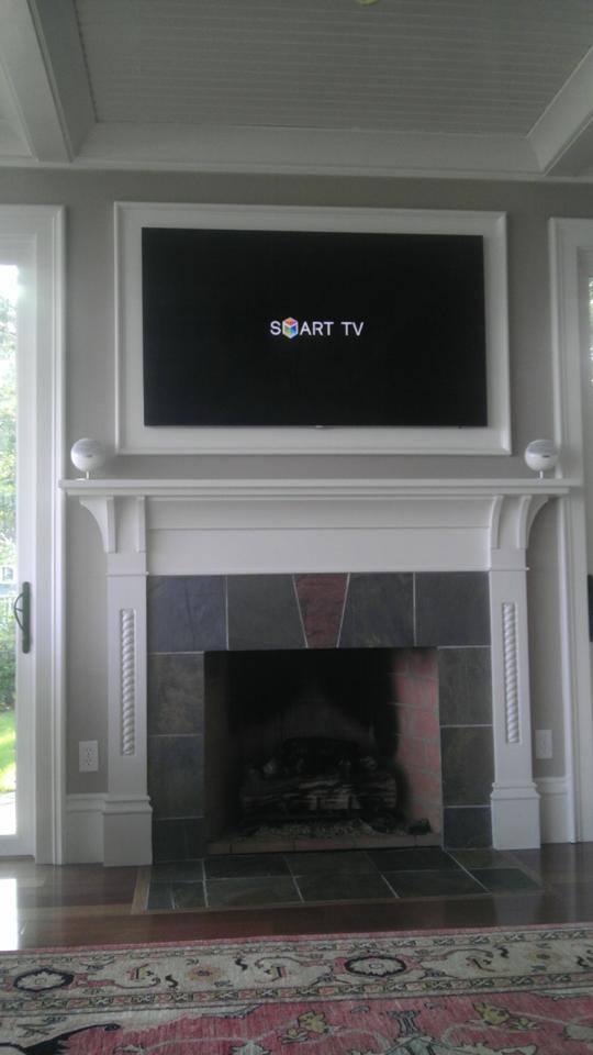 Samsung TV ultra flat mount with jamo speakers