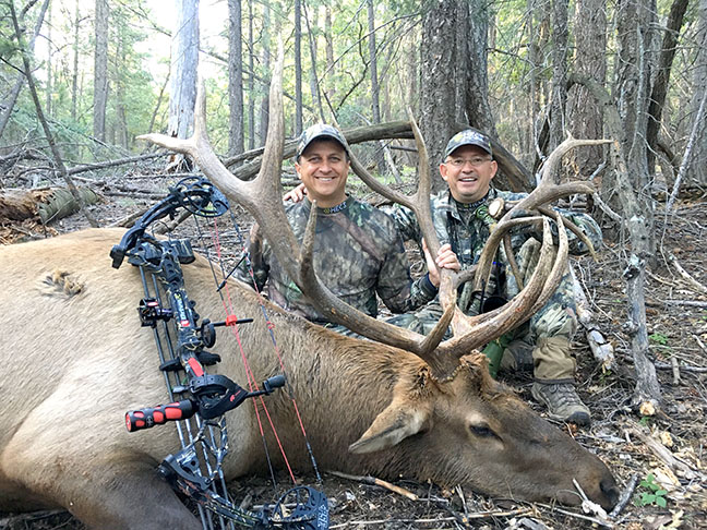 Bill Hollon TX 6x6 bow Ralph Ramos Guide