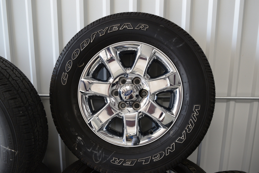Used Ford 18 inch Ford F150 Expedition Wheels and Tires