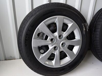 kia rio 15 inch oem wheels