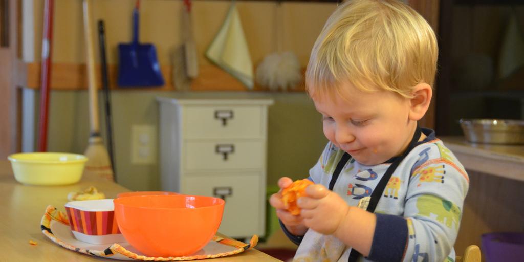 Montessori Classroom Peeling Oranges