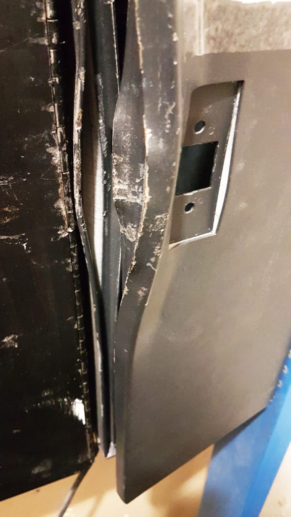 Damage to your change machine lock down area without Changer Armer