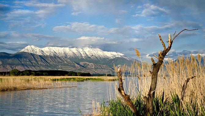 Utah Lake shunning its past to become modern area draw