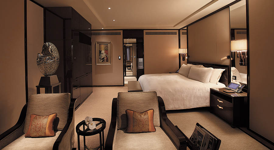 Deluxe Harbour View Suite. Photo: Peninsula Hotels