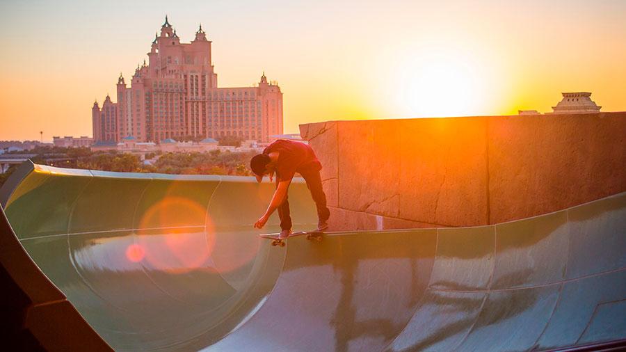 Skateboarding at Atlantis, The Palm Dubai. Photo: Red Bull/Lichtbildstelle