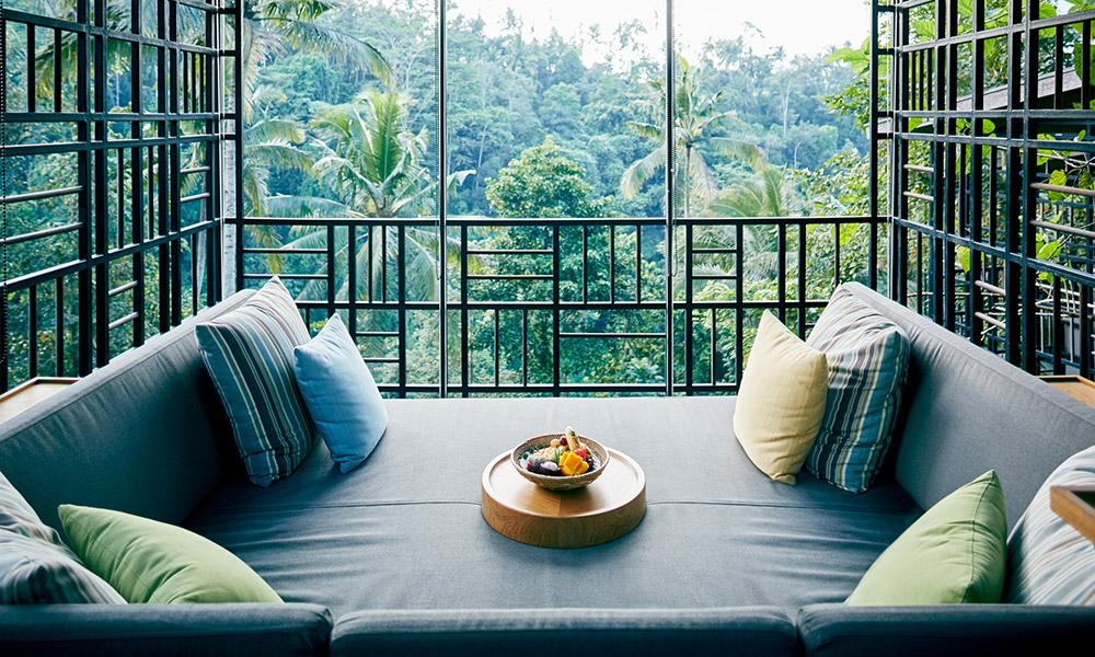 A lounge with a view. Credit: Hoshinoya Bali