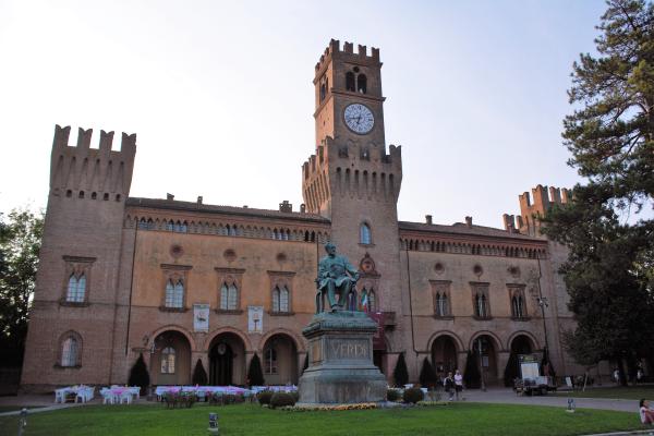 italiainpiega-pieghe meravigliose-itinerari-moto-pianura padana-campagna-giuseppe verdi-busseto