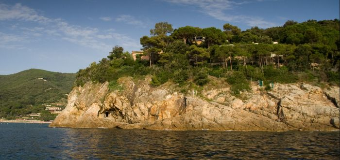 italiainpiega-pieghe meravigliose-itinerari-moto-centro-italia-isola d'elba-golfo della bilodola