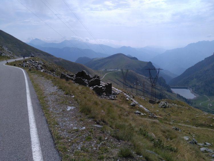 italiainpiega-pieghe meravigliose-itinerario-moto-nord-italia-passo san marco 2