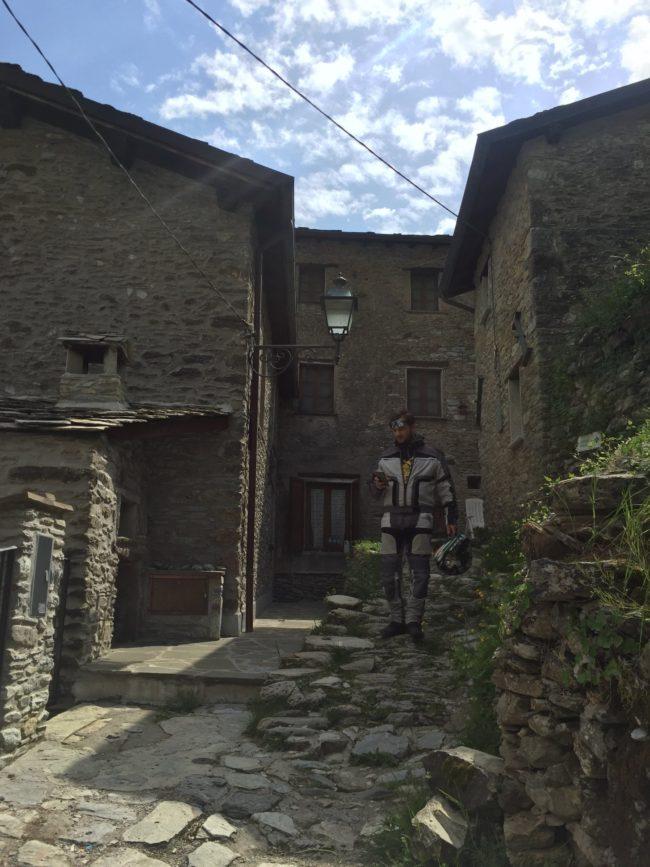 italiainpiega-pieghe meravigliose-itinerari moto centro italia-passo del vestito-isola santa 3