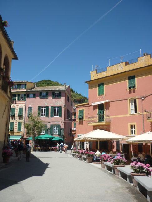 italiainpiega-pieghe meravigliose-itinerari moto nord italia-le cinque terre-monterosso al mare 1