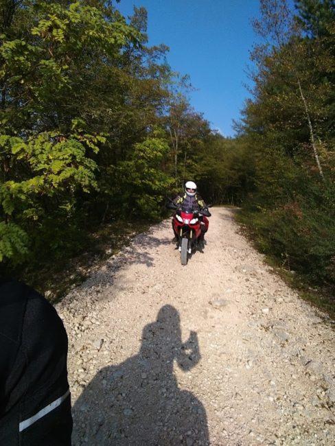 italiainpiega-pieghe meravigliose-itinerari moto centro italia-gola del furlo 5