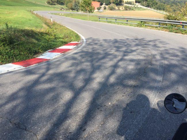 italiainpiega-pieghe meravigliose-itinerari moto centro italia-gola del furlo-valico dello spino