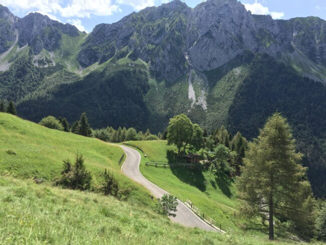 italiainpiega-pieghe meravigliose-itinerari moto nord italia-salita al passo del vivione
