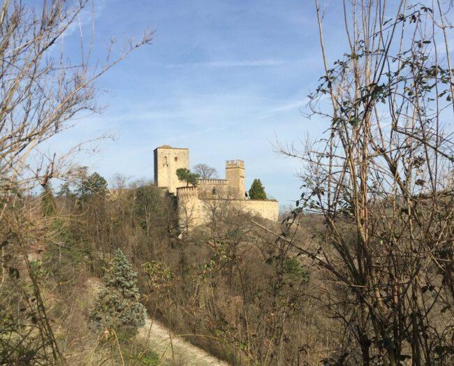 italiainpiega-pieghe meravigliose-itinerari moto nord italia-castello di gropparello 2