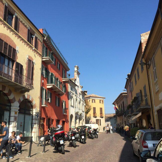 italiainpiega-pieghe meravigliose-itinerari moto nord italia-langhe-neive 2