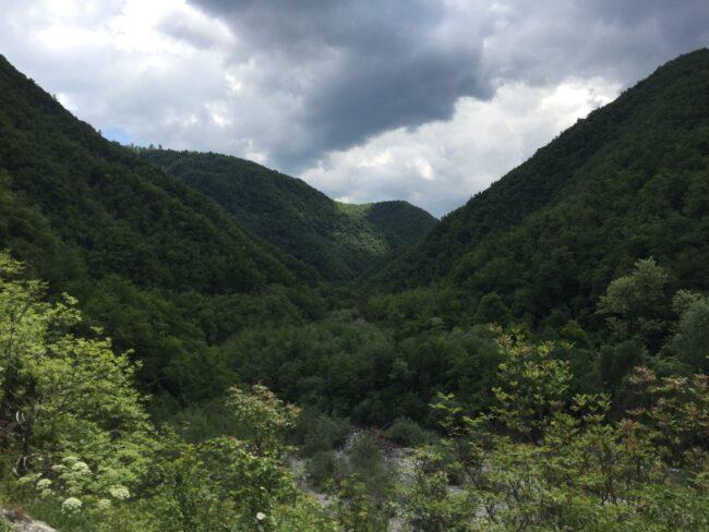 italiainpiega-pieghe meravigliose-itinerari moto nord italia-oltrepo' pavese-paesaggio 2
