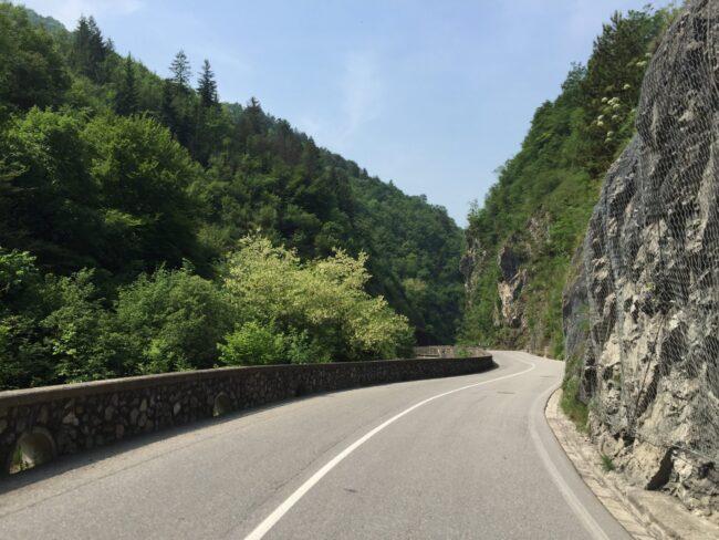 italiainpiega-pieghe meravigliose-itinerari moto nord italia-val brembilla