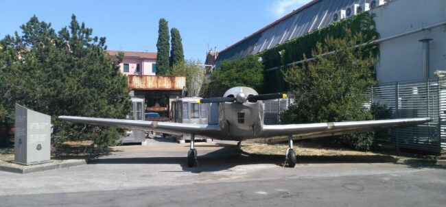 italiainpiega-motoenonsolomoto-museo piaggio-aereo